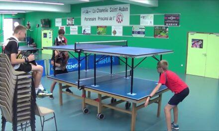 Exclus ! Jouer sur une double table de Ping Pong