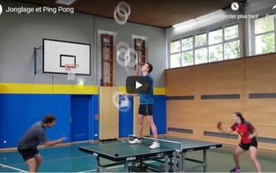 Jonglage en jouant au Ping-Pong